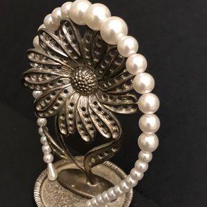 Faux Pearl Headband Classic style romantic NWT